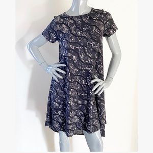LuLaRoe Dresses - NEW LulaRoe Carly Gray Print High-Low Swing Dress